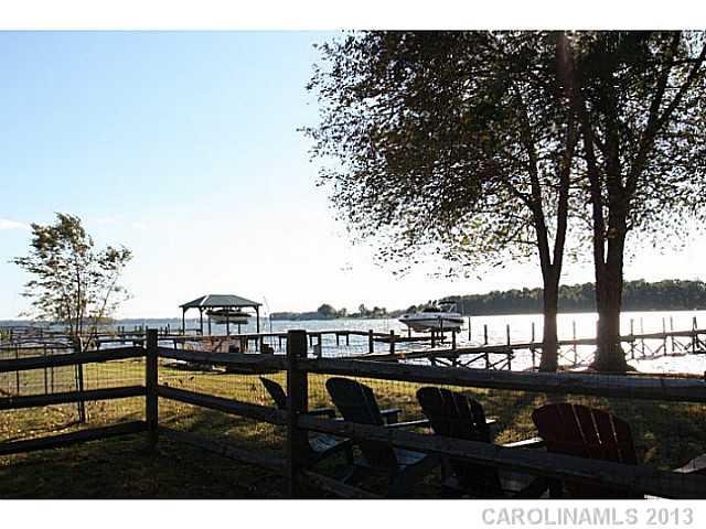 328  Yacht Road Mooresville North Carolina 28117